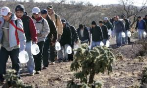 «Σάστισαν» στο Μεξικό από την είδηση ότι δεκάδες χιλιάδες μετανάστες θα απελαθούν από τις ΗΠΑ