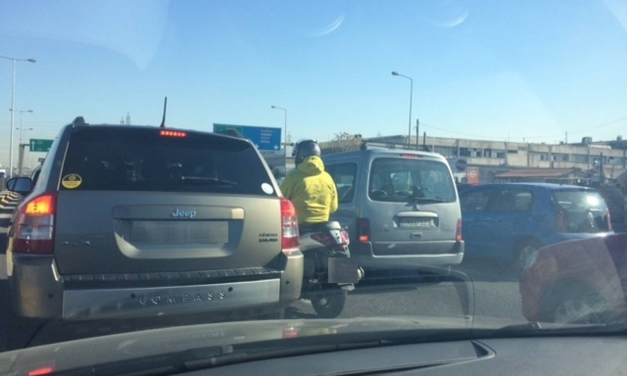 Απεργία σε Μετρό, ΗΣΑΠ και Τραμ: «Γολγοθάς» στους δρόμους της Αθήνας - Πού υπάρχουν προβλήματα