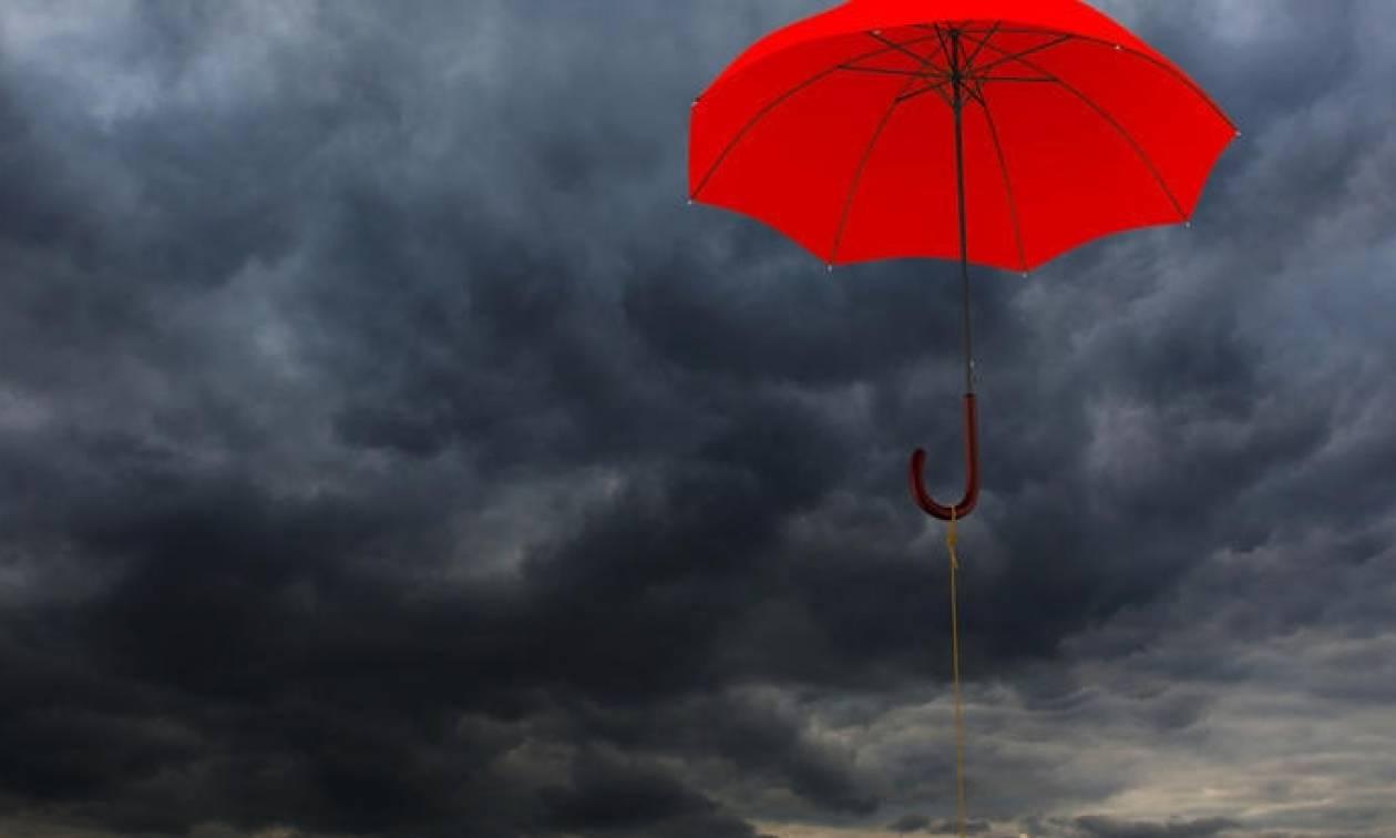 Καιρός τριήμερο Καθαράς Δευτέρας – Η ΕΜΥ προειδοποιεί: Έρχονται βροχές, καταιγίδες και χιόνια