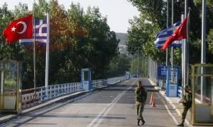 Νέο θρίλερ με Τούρκους στρατιωτικούς: Πέρασαν στην Ελλάδα και ζητούν άσυλο