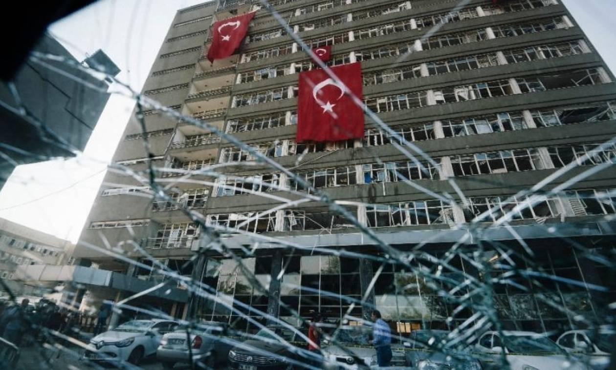 Φεύγουν για να γλιτώσουν από τον Ερντογάν: Τουλάχιστον 136 Τούρκοι διπλωμάτες κατέφυγαν στη Γερμανία