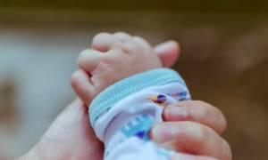 Πάτρα: Προσπάθησαν να της αρπάξουν το μωρό μέσα στο νοσοκομείο