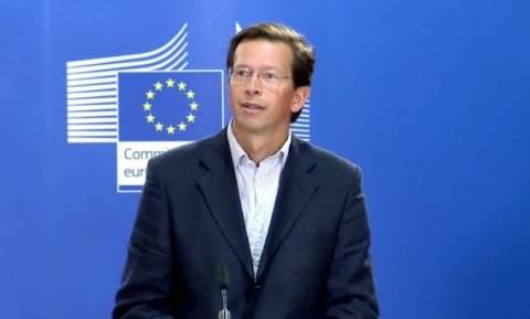 Κoμισιόν: Πλήρης συμμόρφωση των Μνημονίων με το Χάρτη των Θεμελιωδών Δικαιωμάτων της ΕΕ