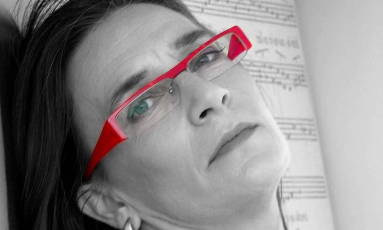 Βραδιά λόγου και μουσικής με την Λίνα Νικολακοπούλου στη Σφίγγα