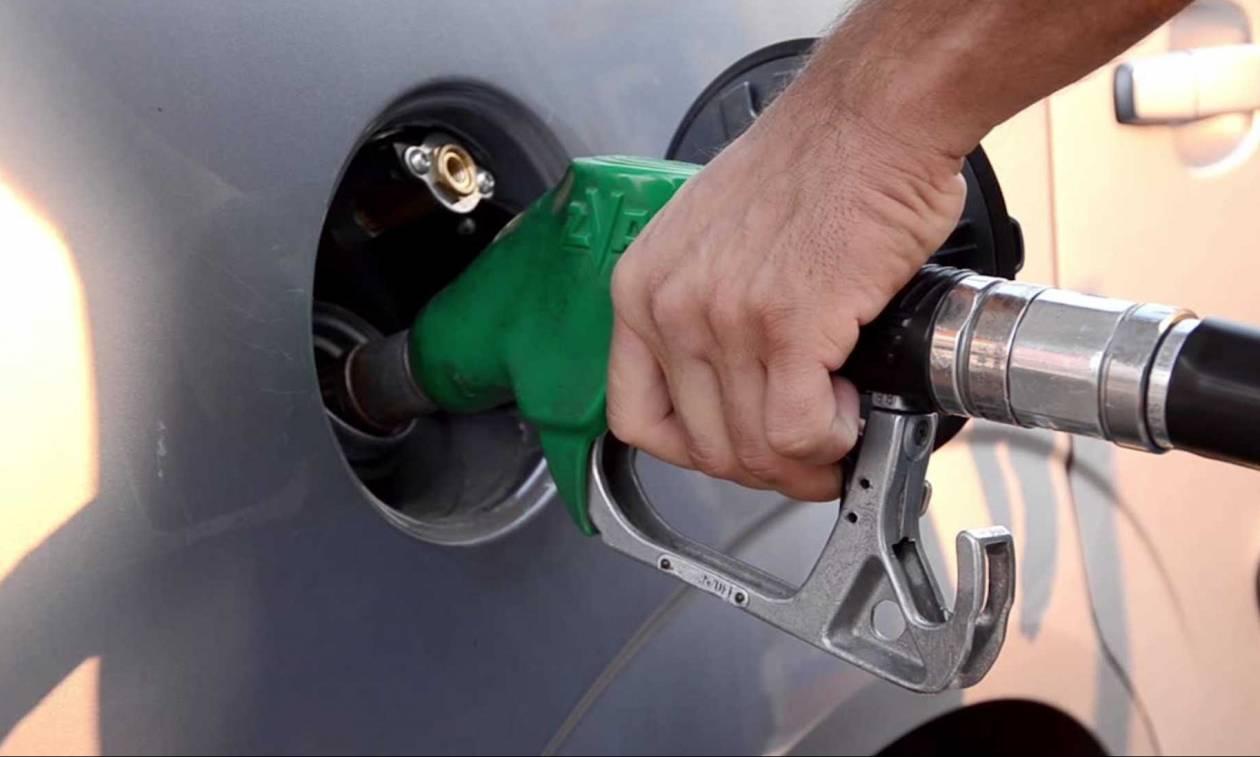 «Ξέφρενη» η τιμής της βενζίνης - Η Ελλάδα έχει τη δεύτερη ακριβότερη στην Ευρώπη