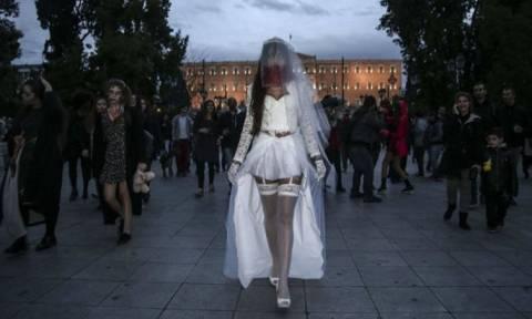 В Афинах состоялся парад зомби