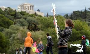 Καθαρά Δευτέρα 2017: Ακυρώνονται τα Κούλουμα στο λόφο Φιλοπάππου
