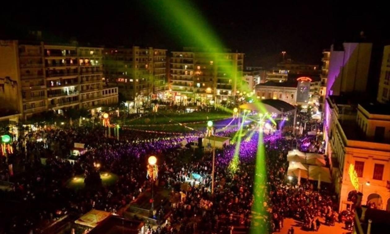 ΔΕΙΤΕ LIVE: Πατρινό Καρναβάλι 2017 – Νυχτερινή Ποδαράτη