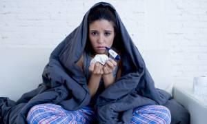Κρυολόγημα & γρίπη: Για πόσο καιρό είναι μεταδοτικές οι δύο λοιμώξεις