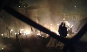 Πυρκαγιά στο hot spot της Μόριας – Κάηκαν δυο σκηνές προσφύγων