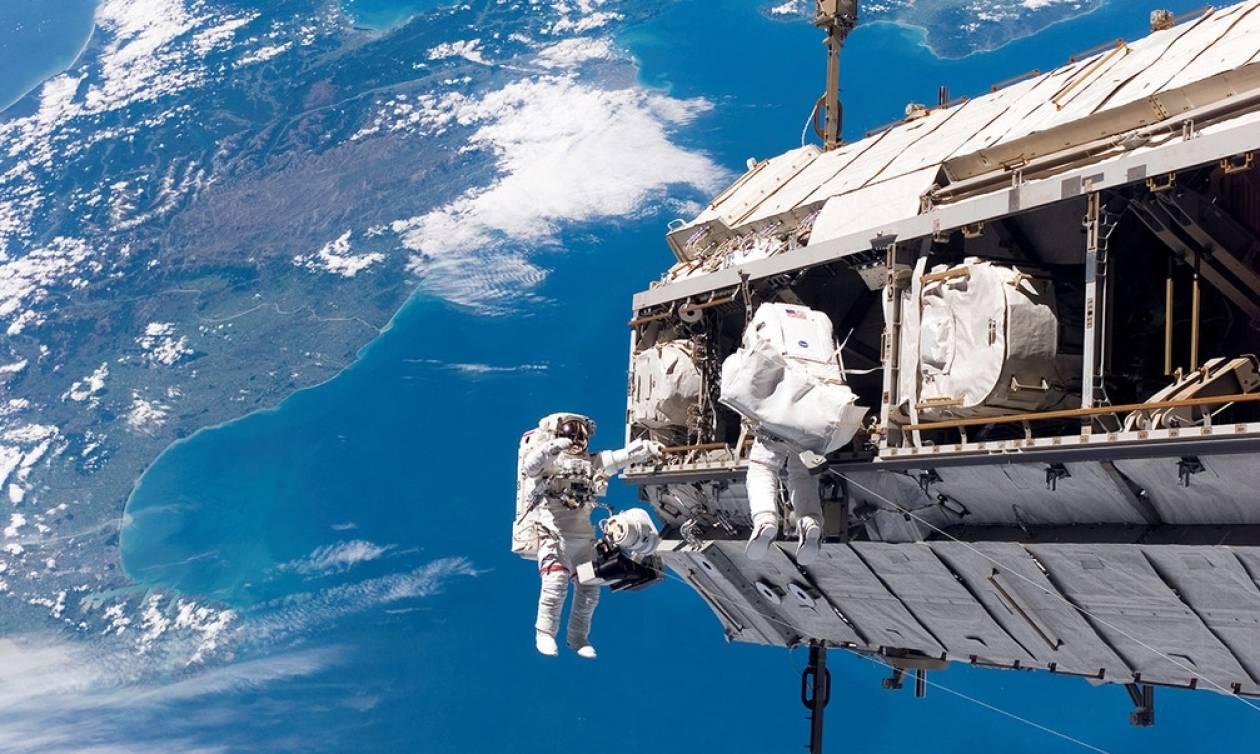Καλησπέρα από το διάστημα! Αστροναύτης φωτογράφισε την Αθήνα από τον Διεθνή Διαστημικό Σταθμό