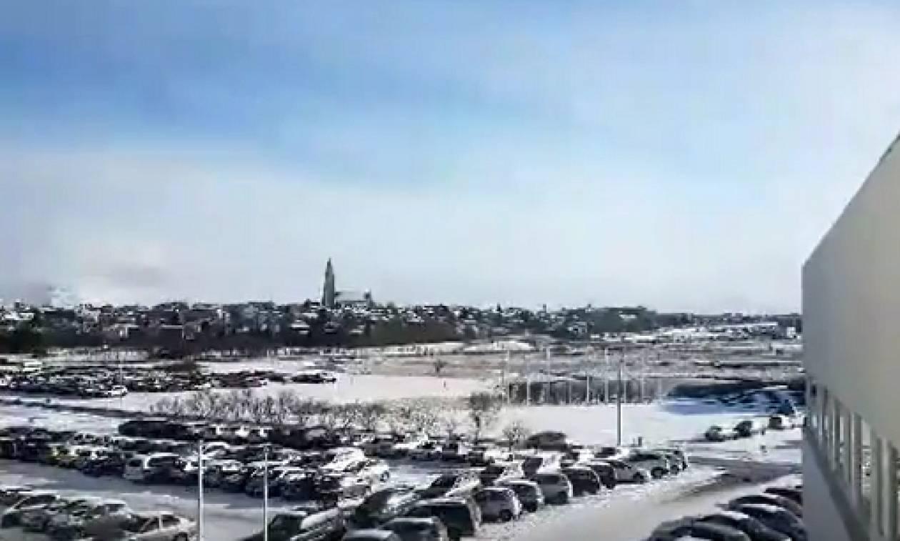 Καιρός: Απ' τη λιακάδα στη... χιονοθύελλα μέσα σε λίγα λεπτά (Video)