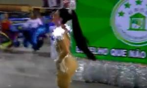 Αυτή είναι η... πρωτάρα ντίβα που σάρωσε τα πάντα στο Καρναβάλι του Ρίο (video)