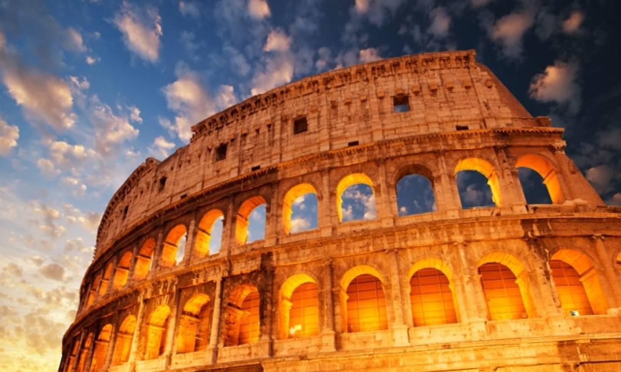Ιταλία: Ψάχνουν μάνατζερ για το Κολοσσαίο - Μισθός 145.000 ευρώ το χρόνο συν μπόνους!