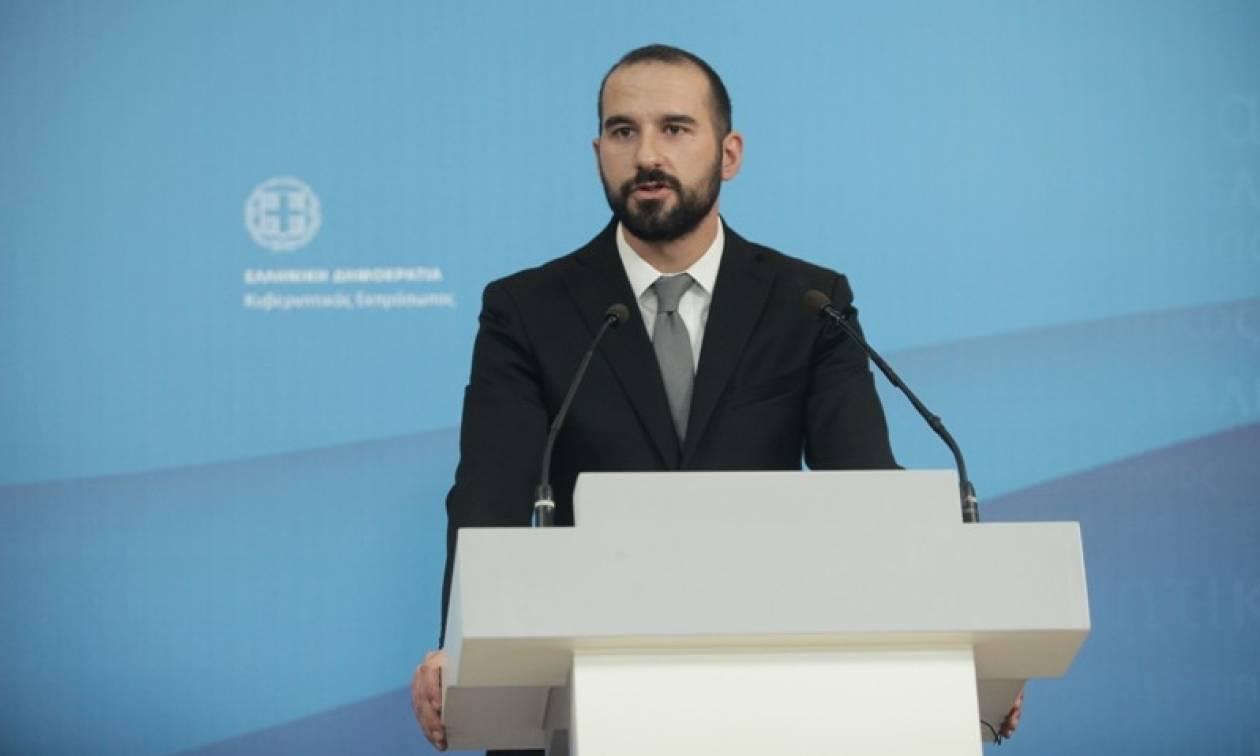 Τζανακόπουλος: Αναξιόπιστα τα όσα γράφονται για διαφωνία Τσίπρα-Τσακαλώτου