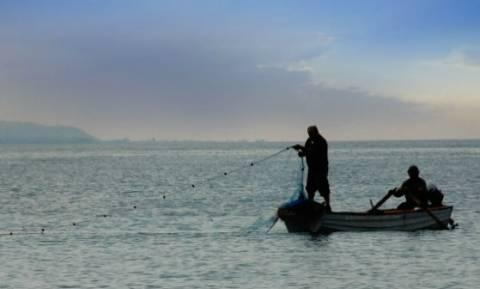 На Родосе ищут пропавших рыбаков