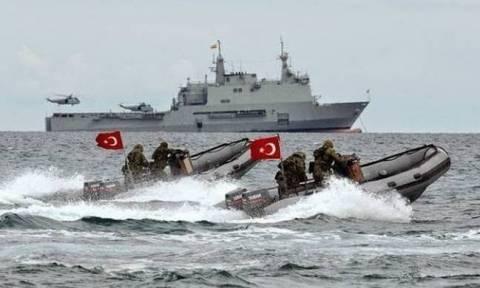 ΝΔ: Ζητά εξηγήσεις από τον Κοτζιά για το «θερμό επεισόδιο που ετοιμάζουν οι Τούρκοι στην Κύπρο»