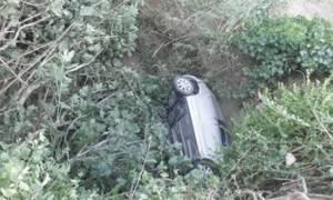 Κέρκυρα: Στιγμές τρόμου για γυναίκα που έπεσε με το όχημά της σε γκρεμό 80 μέτρων