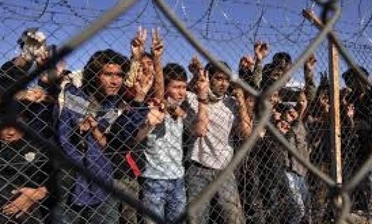 Χανιά: Αναχώρησαν από το λιμάνι της Σούδας οι μετανάστες που είχε αποβιβάσει σκάφος σε παραλία
