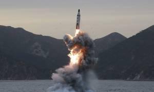 Βόρεια Κορέα: Όλα όσα χρειάζεται να γνωρίζετε για το βαλλιστικό πρόγραμμα του Κιμ Γιονγκ Ουν (Vids)
