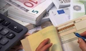Διευκρινίσεις ΕΦΚΑ για το «μπάχαλο» με τις εισφορές στα μπλοκάκια