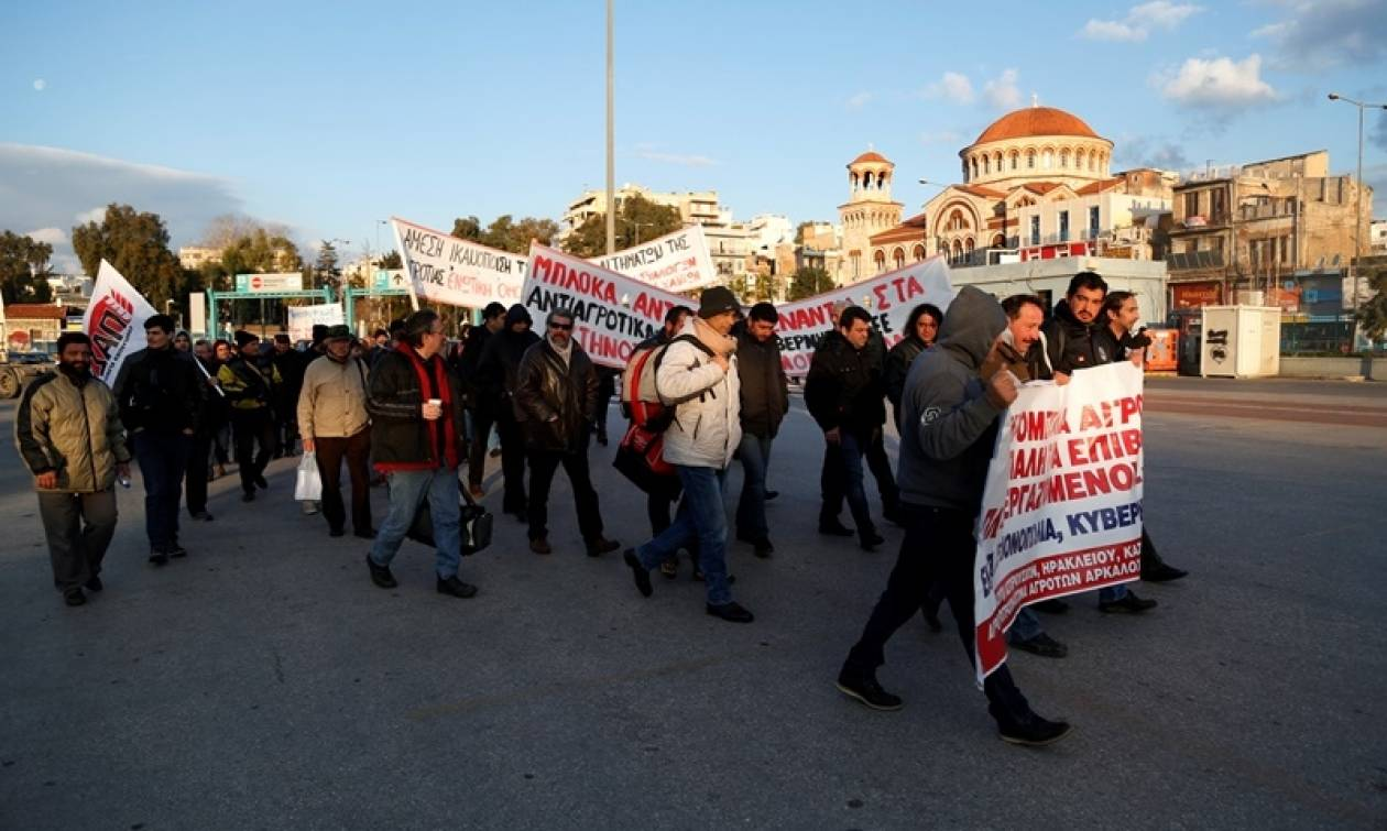 Απόβαση των Κρητικών αγροτών στην Αθήνα - Συλλαλητήριο στην πλατεία Βάθη