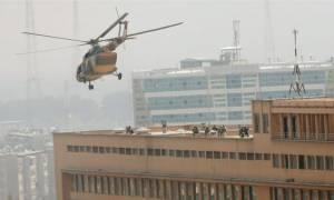 Τουλάχιστον 40 οι νεκροί από επίθεση τζιχαντιστών σε νοσοκομείο της Καμπούλ (vid)