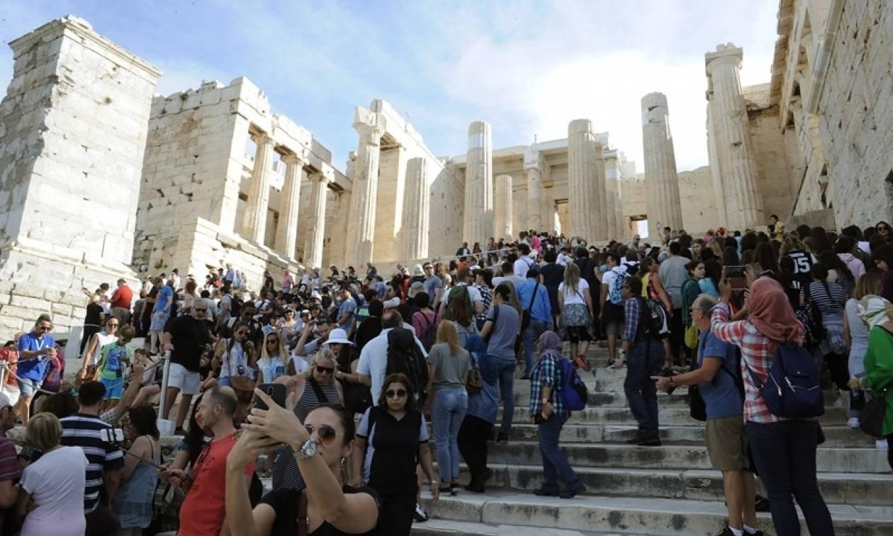 Θετικά τα μηνύματα για τον ελληνικό τουρισμό το 2017