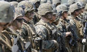 «Ή τώρα ή ποτέ»: Ο Τραμπ στέλνει εκατοντάδες πεζοναύτες στη Συρία στη μάχη κατά του ISIS (Vid)