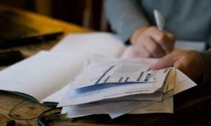 Φορολογικές δηλώσεις 2017: Δημοσιεύθηκαν σε ΦΕΚ όλες οι αλλαγές - Τι θα ισχύσει για τα εισοδήματα