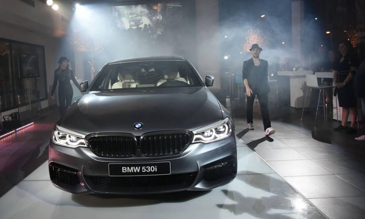 Η έκτη γενιά της BMW Σειράς 5 συναντά την Τέχνη στην Σπανός ΑΕ. (pics+vid)