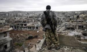 Συρία: Τουλάχιστον 300 οικογένειες τζιχαντιστών διέφυγαν από τη Ράκα