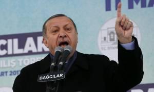 Τουρκία: Απειλεί θεούς και δαίμονες ο Ερντογάν και στήνει σκηνικό έντασης στην Ευρώπη