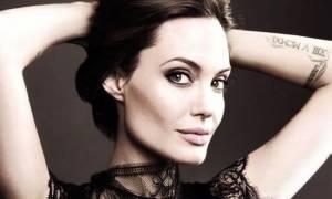 Eπιτέλους: Η εμφάνιση της Angelina Jolie που περίμενες εδώ και καιρό