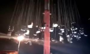 Η βόλτα του τρόμου: Εφιαλτικό βίντεο με κατάρρευση παιχνιδιού σε λούνα παρκ (vid)