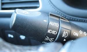 Κρητικός ανακάλυψε φοβερό κόλπο με τα φλας του αυτοκινήτου! Δείτε και θα καταλάβετε (video)