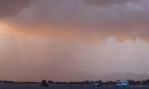 Καιρός σήμερα: Συννεφιασμένη και βροχερή η Πέμπτη (pics)