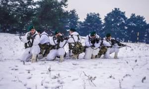 Έλληνες κομάντο: Έτσι εκπαιδεύονται οι χιονοδρόμοι καταδρομείς (vid)