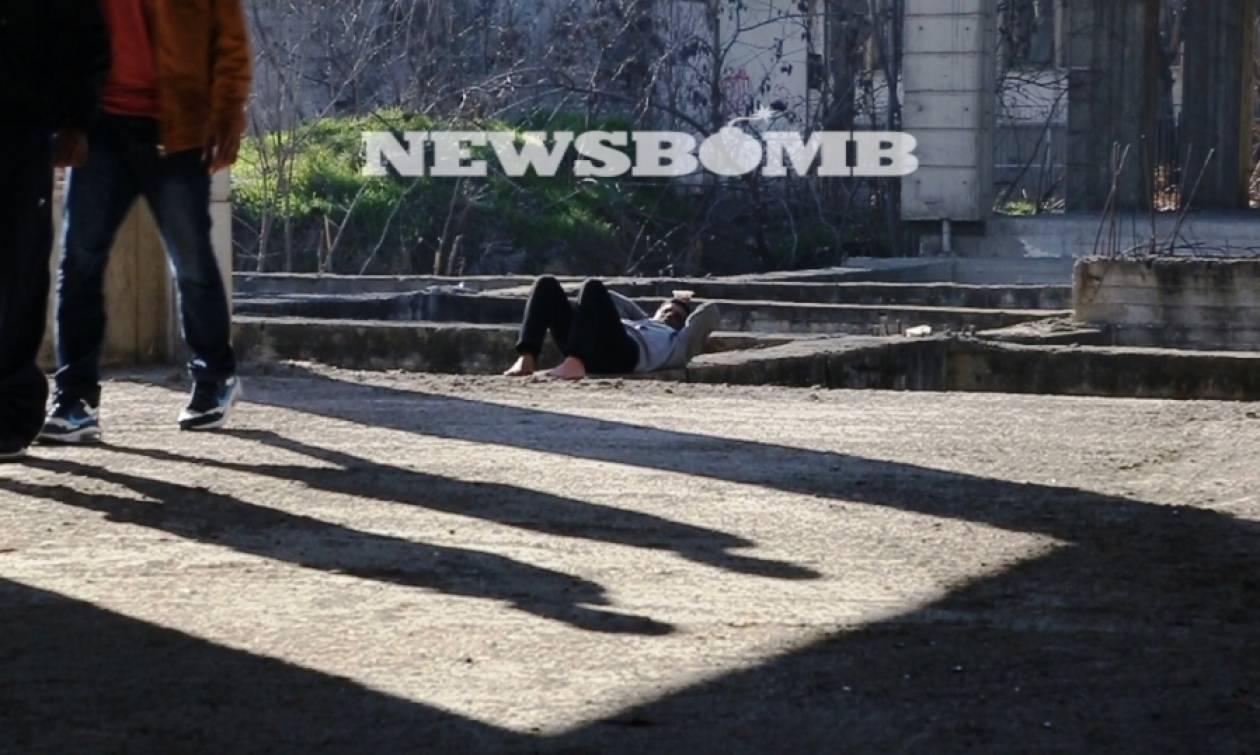 Αποκλειστικό: Κτήριο διακίνησης μεταναστών δίπλα από το σιδηροδρομικό σταθμό της Θεσσαλονίκης