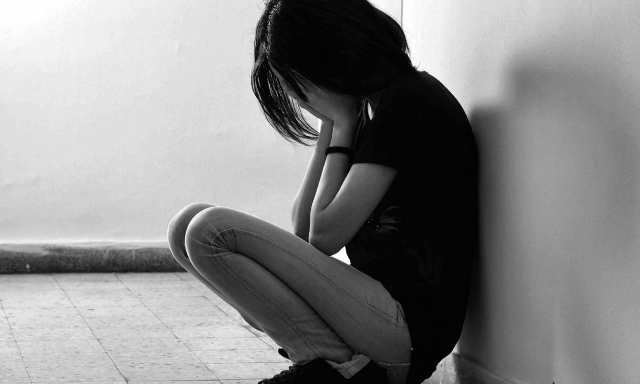 Σοκ: Με 40 ευρώ το μήνα ζει η οικογένεια της 17χρονης που λιποθύμησε από την πείνα