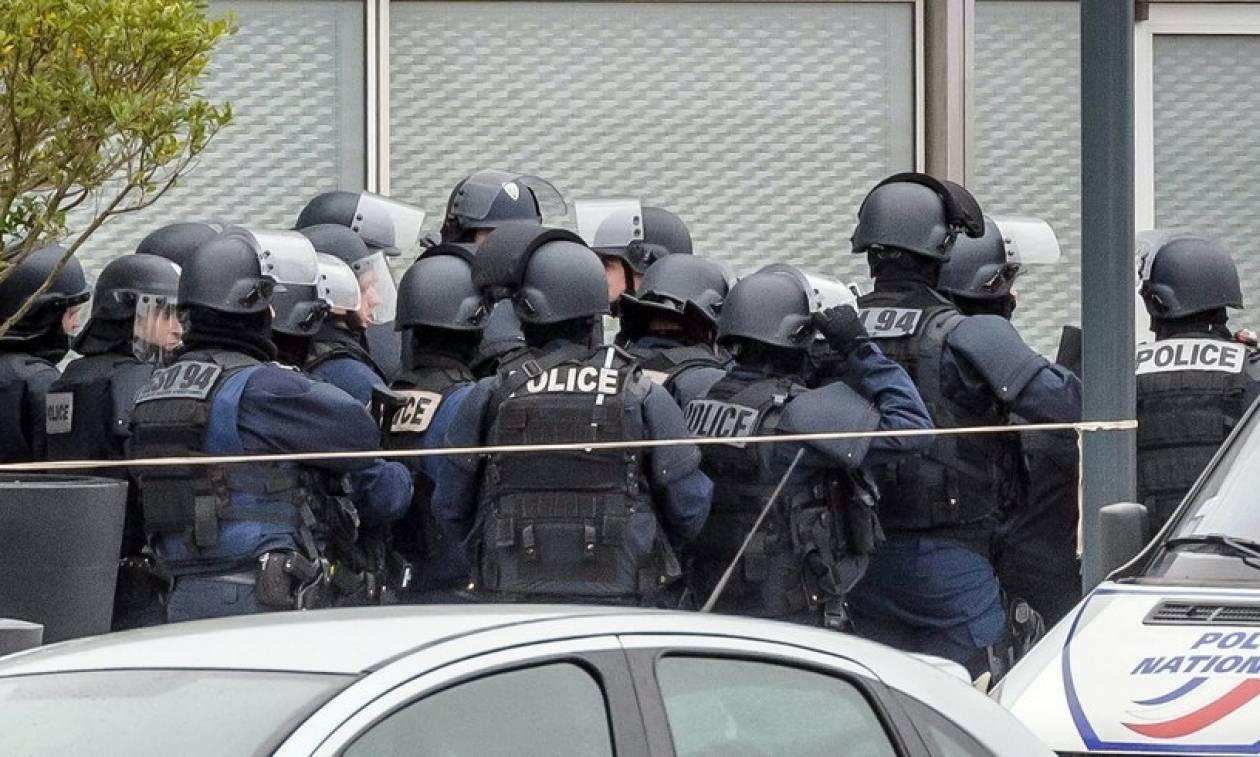 Επίθεση Γαλλία: Γνωστός στις μυστικές υπηρεσίες ο άνδρας που σκοτώθηκε στο αεροδρόμιο Ορλί
