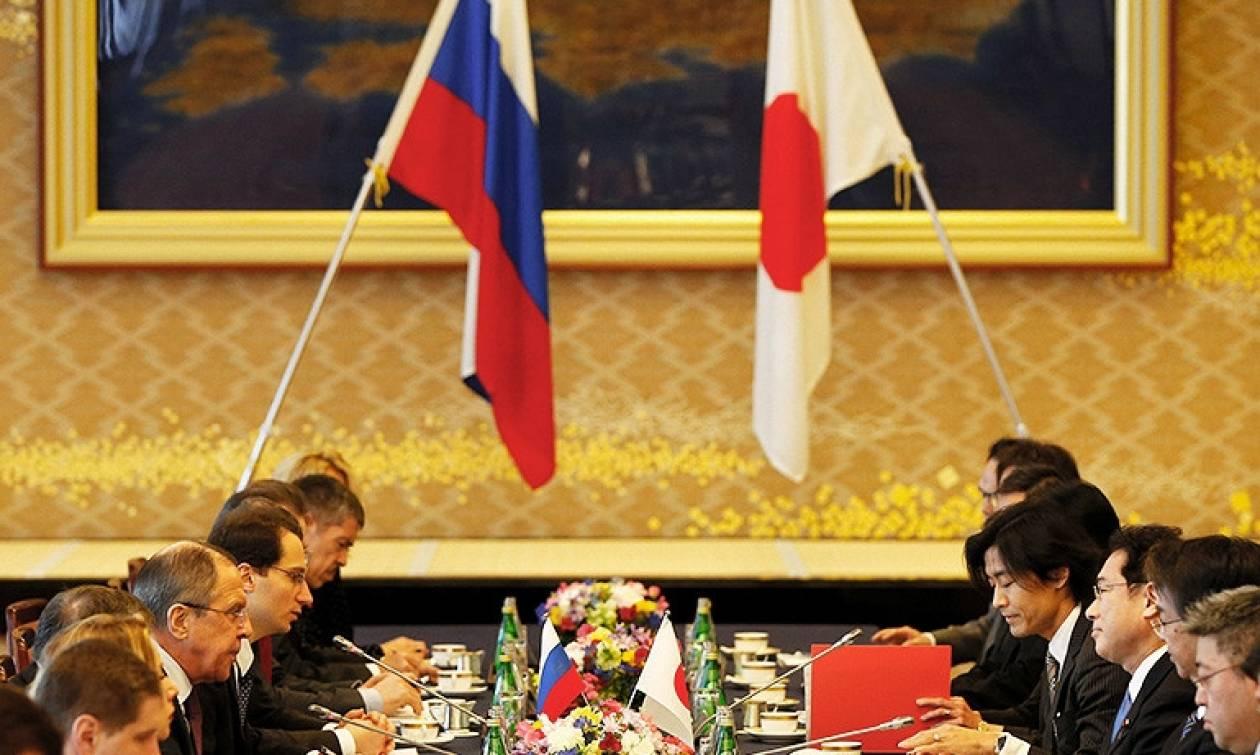 Переговоры Шойгу и Лаврова в Токио: Япония выразила протест из-за военных планов РФ на Курилах