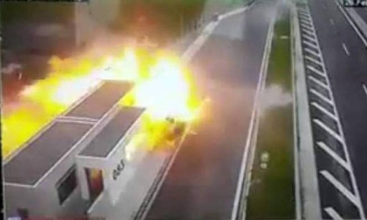 Ανατροπή - «βόμβα» στο φρικτό τροχαίο με την Porsche - Υπάρχει και δεύτερο βίντεο!