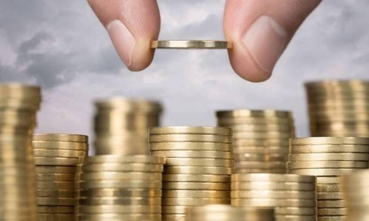 Ποια επιδόματα «σώζονται» μέχρι το τέλος του 2017- Πότε δίνονται επιδόματα τέκνων και πολυτεκνικά