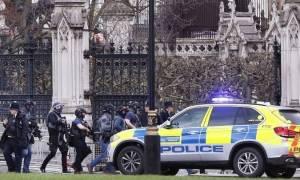 Λονδίνο: Ως τρομοκρατική ενέργεια αντιμετωπίζει η αστυνομία τις επιθέσεις
