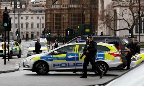 Επίθεση στο Λονδίνο – Η επόμενη μέρα: Δείτε LIVE εικόνα από το σημείο της επίθεσης