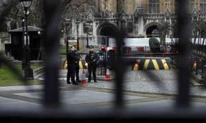 Επίθεση Λονδίνο: Εννέα συλλήψεις για το αιματοκύλισμα στο Ουεστμίνστερ