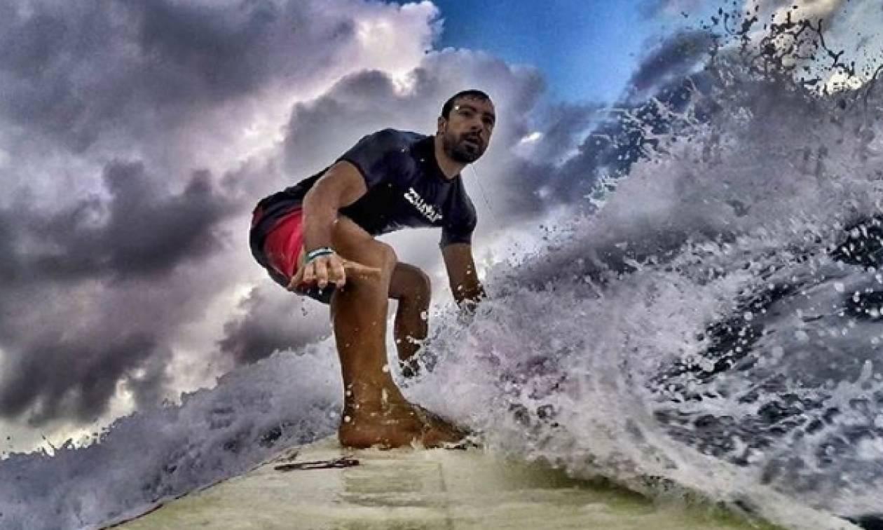 Survivor: Τι κάνει ο Σάκης Τανιμανίδης στον Άγιο Δομίνικο που δεν ξέρουν οι παίκτες