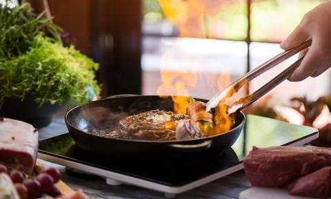 Τηγανητό v/s ψητό κρέας: Νομίζετε ότι ξέρετε ποιο έχει περισσότερα λιπαρά;
