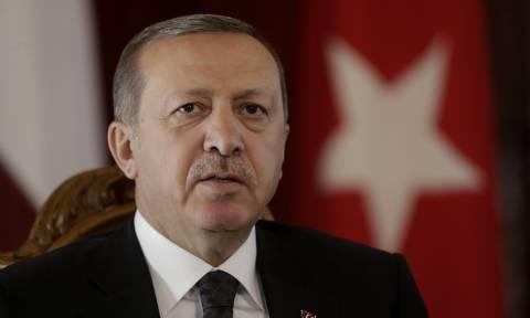 Τάσεις «αυτοκτονίας» Ερντογάν: Επισημοποίησε το εμπάργκο στις εισαγωγές σιτηρών από τη Ρωσία
